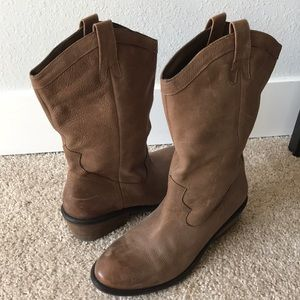 Cowgirl boots— Jessica Simpson